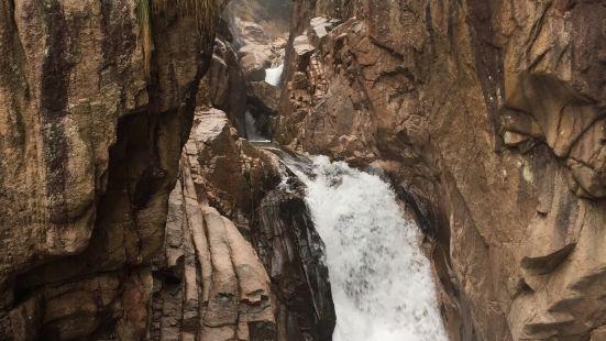 鄣山大峽谷風景區