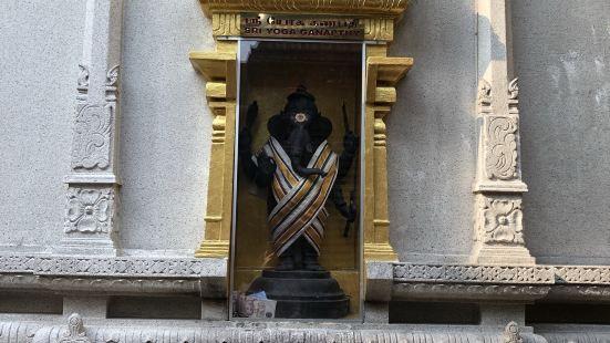 斯裡-維拉瑪卡裡雅曼興都廟 Sri Veeramakaliamman Temple