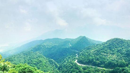 우즈산(오지산)