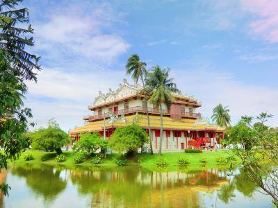 Bang Pa-In Royal Palace (Summer Palace)