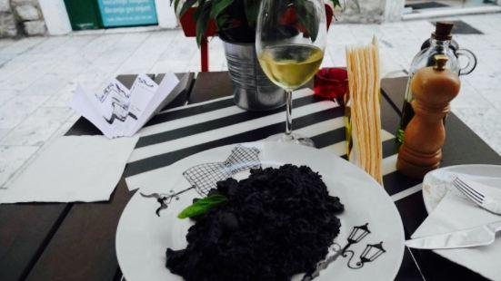 Corto Maltese Freestyle Food