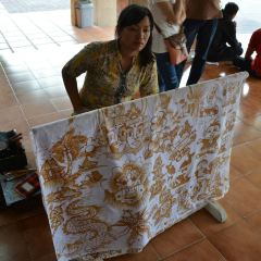 Threads of Life Indonesian Textile Arts Center User Photo