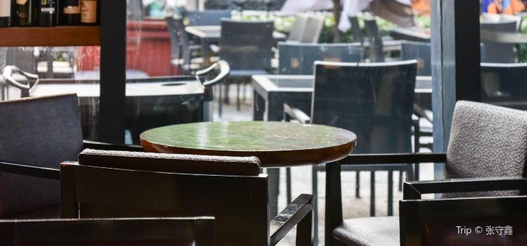 HoF Wine Bar & Brasserie ( Lu Jia Zui )3
