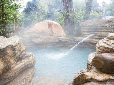 Shilin Spring Resort