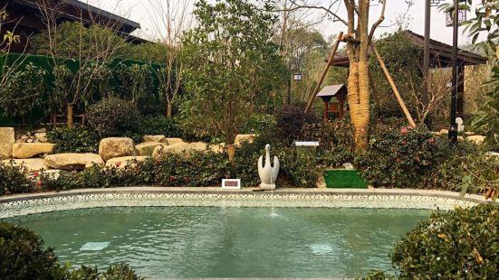 良渚文化村白鷺泉湯池