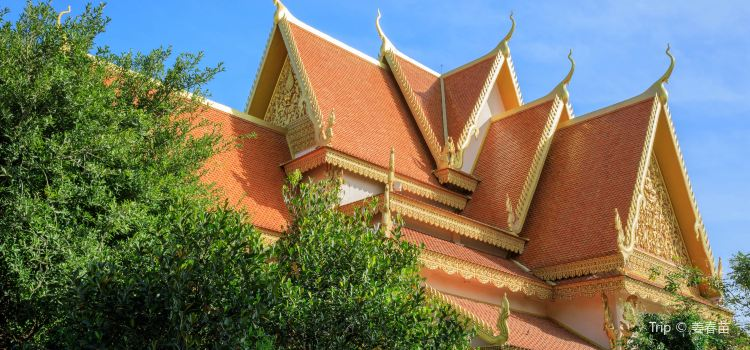 Wat Langka1