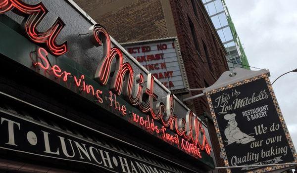 Lou Mitchell's Restaurant & Bakery2