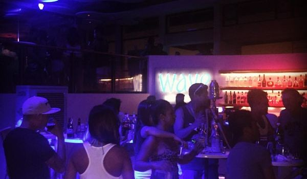 Wave Bar and Lounge2