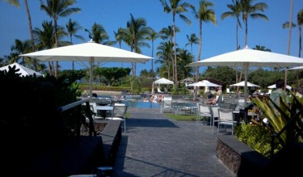 Hawaii Calls Restaurant & Lounge3