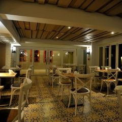 Kantok Restaurant at Burasari Resort User Photo
