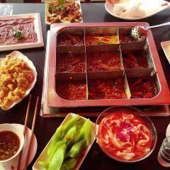 Jiu Ge Jiu Wei Hot Pot( Nan Bin Road ) User Photo