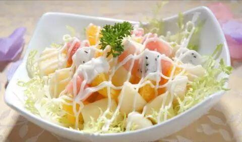 沙拉世界水果撈