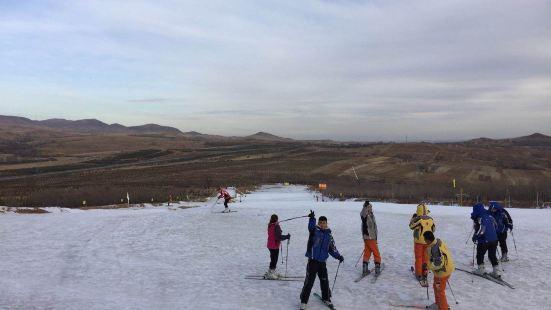 牛心山滑雪場