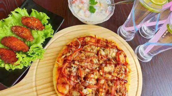 怪物披薩(樂滋店)