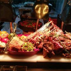 Lie Wyndham Genoa Seafood Buffet User Photo