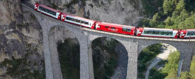 一生一定要坐一次的魔法列車,一天一定一年四季的美景