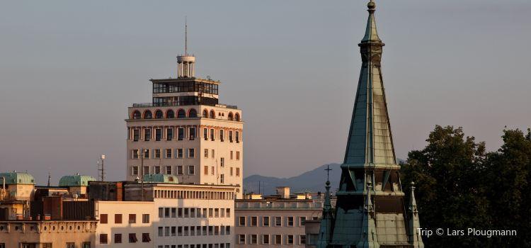 Nebotičnik - Skyscraper1