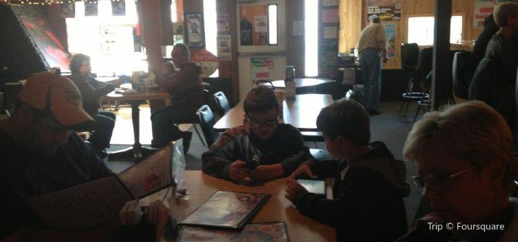 Cedar Tavern3