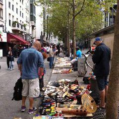 Square du Vert-Galant User Photo
