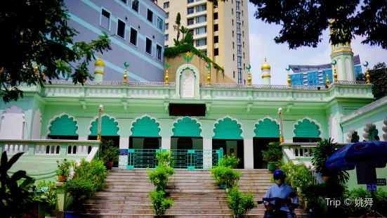 Cholon Mosque