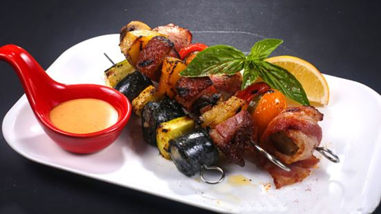 CrazyOnes Spanish Seafood ( Mei Luo Cheng )
