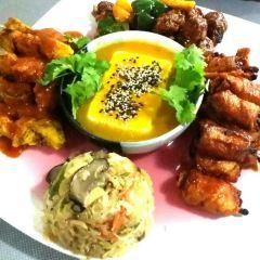 Golden West Restaurant User Photo