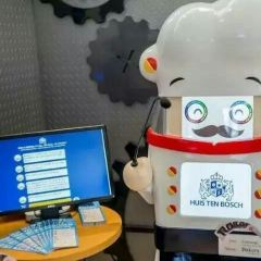 Robot Building User Photo