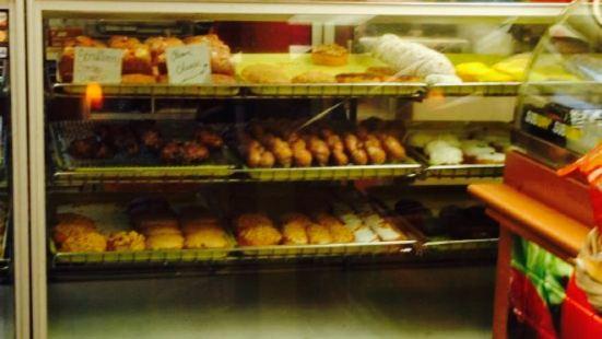 B&J Donuts/ Subway