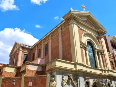 麥地那塞裡耶酥教堂