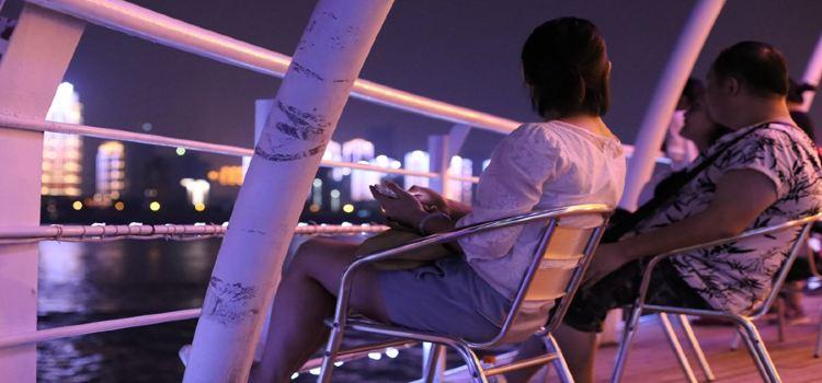 Captain No. 9 (Night Tour Yangtze River) Cruise1