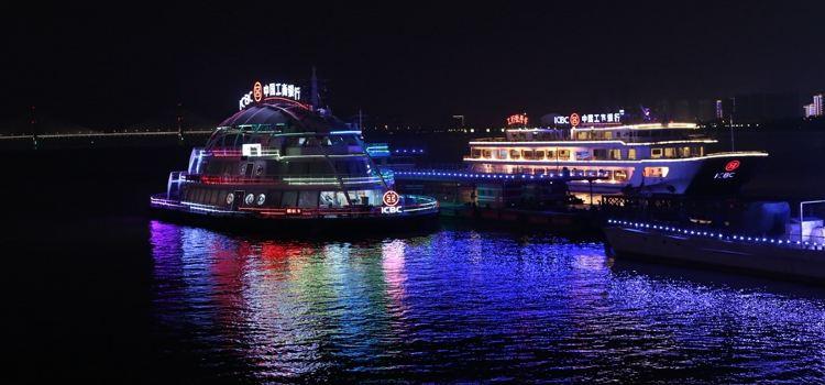 Captain No. 9 (Night Tour Yangtze River) Cruise3