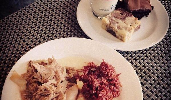 Makan Makan Asian Food Village1