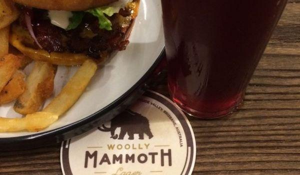 Woolly Mammoth Alehouse1