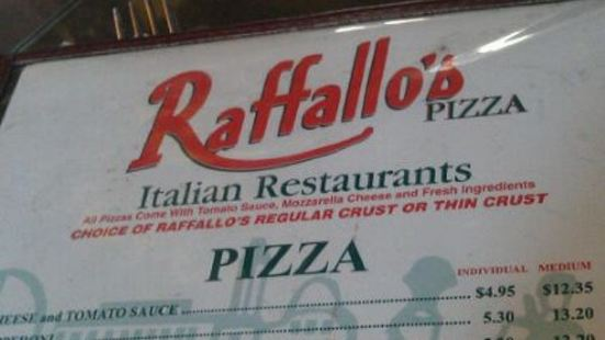 Raffallos Pizza