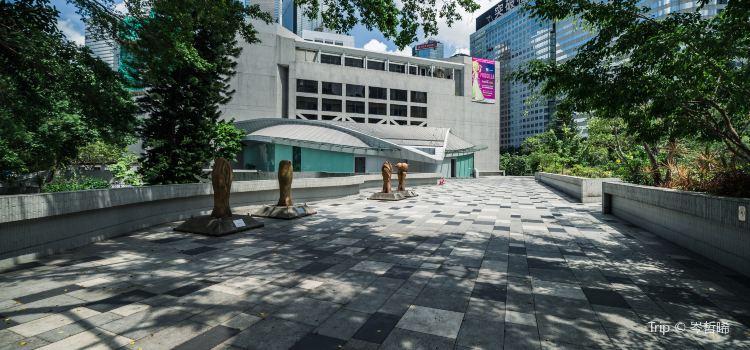 Hong Kong Academy for Performing Arts1
