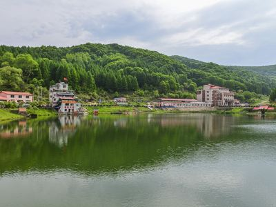 Qianye Lake Scenic Area