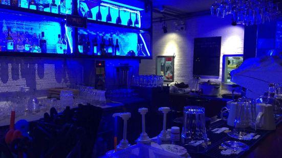 紅楓林無國界餐廳酒吧(星光耀購物廣場店)