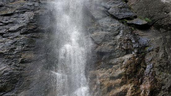梯子溝瀑布