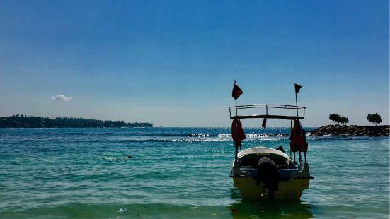 烏納瓦圖納海灘沉船潛水