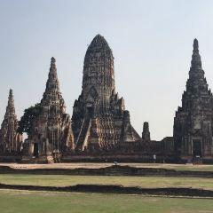 Wat Phu Khao Thong User Photo