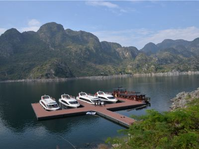 萬峰湖景區旅遊碼頭