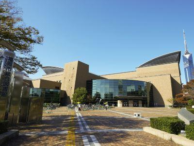 후쿠오카시 종합도서관