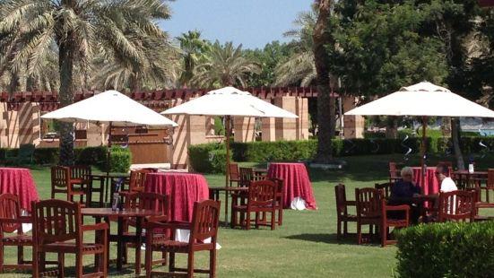 The Lagoon at The Ritz-Carlton, Doha