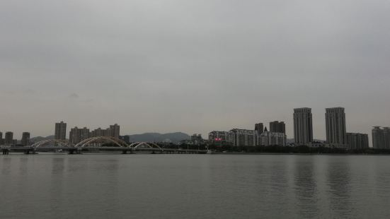 Jiaoqiaohe Pedestrian Street