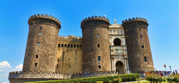 Castel Nuovo1