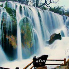 諾日朗瀑布用戶圖片