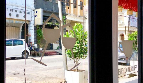 Meet Up Cafe & Bar3