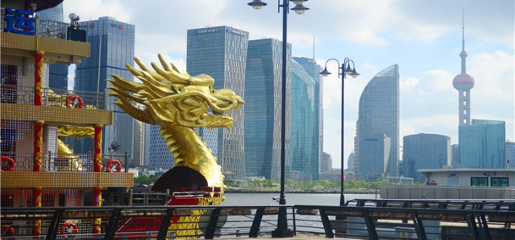 Huangpu River Dragon Boat Night Tour