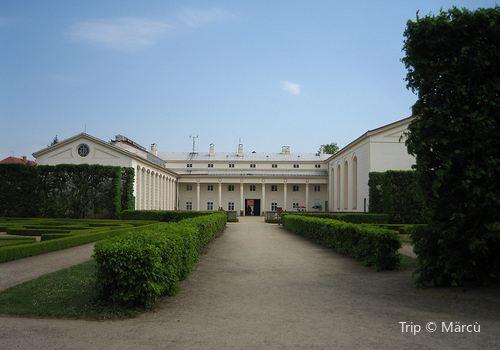 Gardens and Castle at Kromeriz3