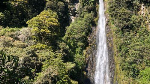 Thunder Creek Falls